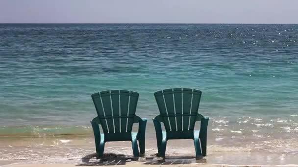 Pláž na Cat Island na Bahamách, reálný čas