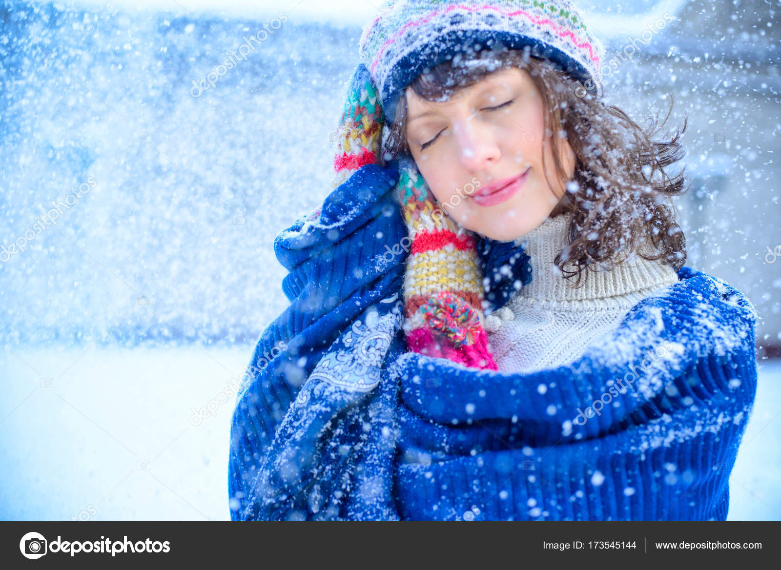 0c94579f558d6 Christmas sale. Beautiful surprised woman in red mitts and white sweater  winter background with snow