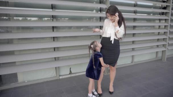 Eine Echt Moderne Mutter