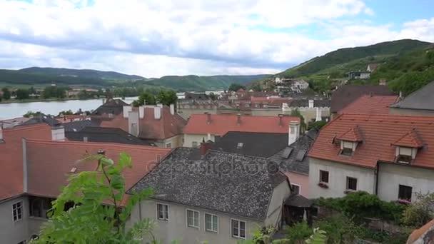 Vesnice v Rakousku Linz a starých domů