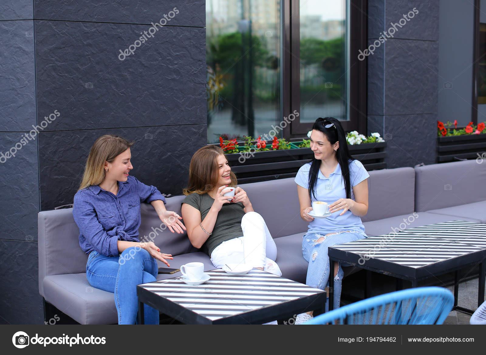 csésze kávé társkereső oldal