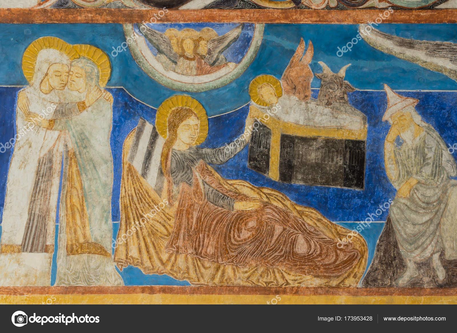 María visita a Isabel. Jesús nace en el establo. Wal medieval — Foto ...