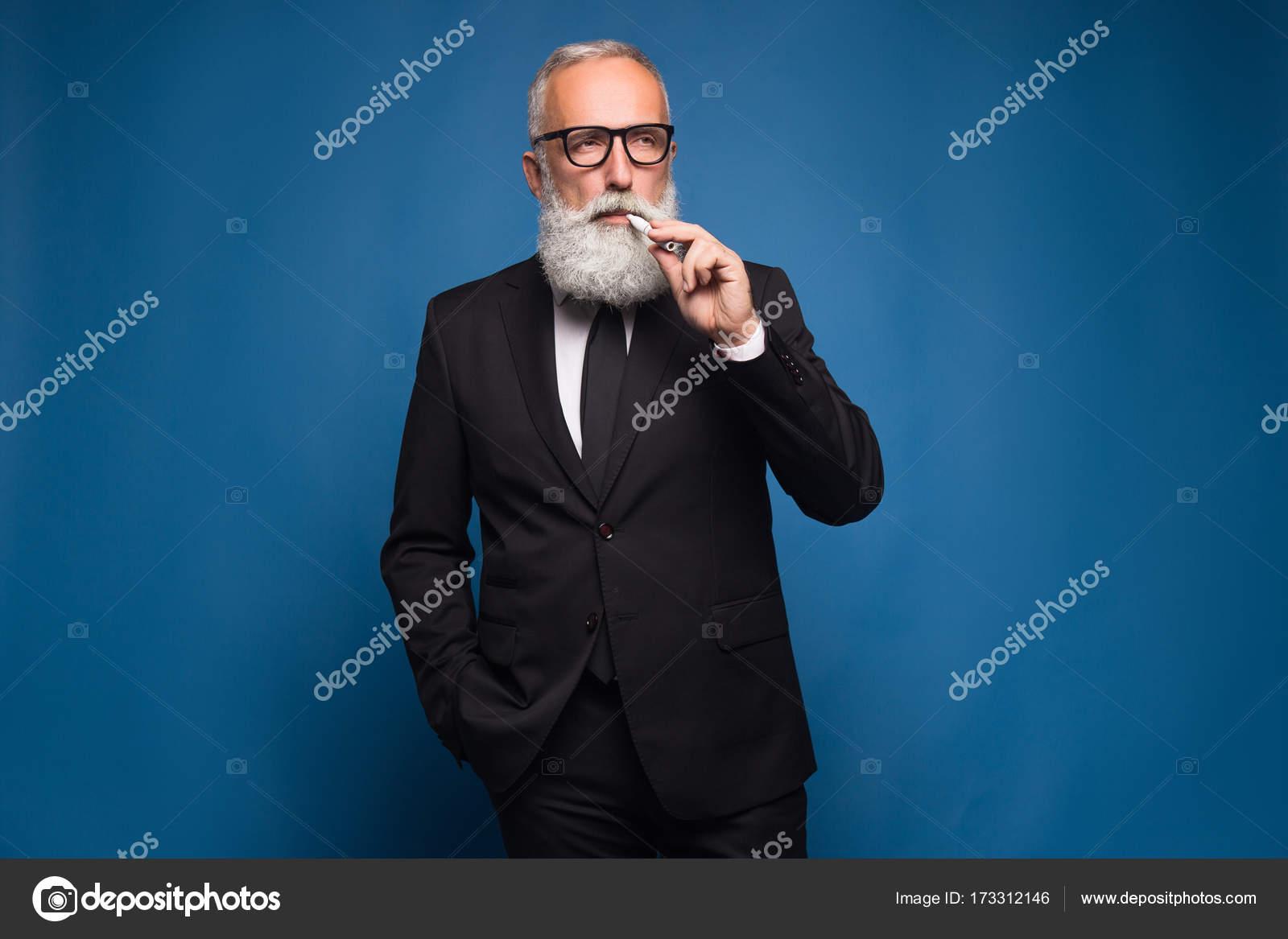 muž dává kouření video hera mandi xxx