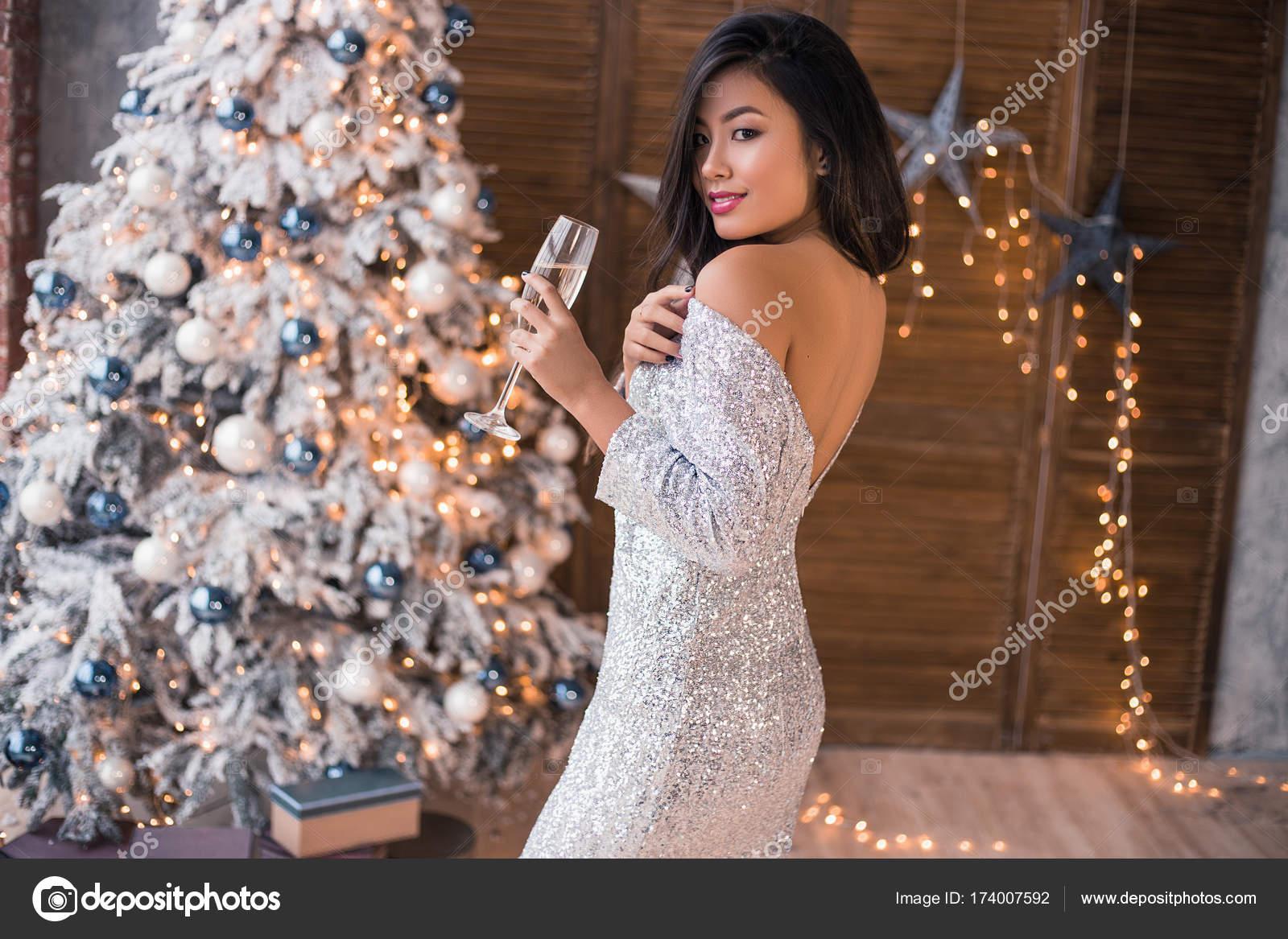 Фото секси девушек новый год порно