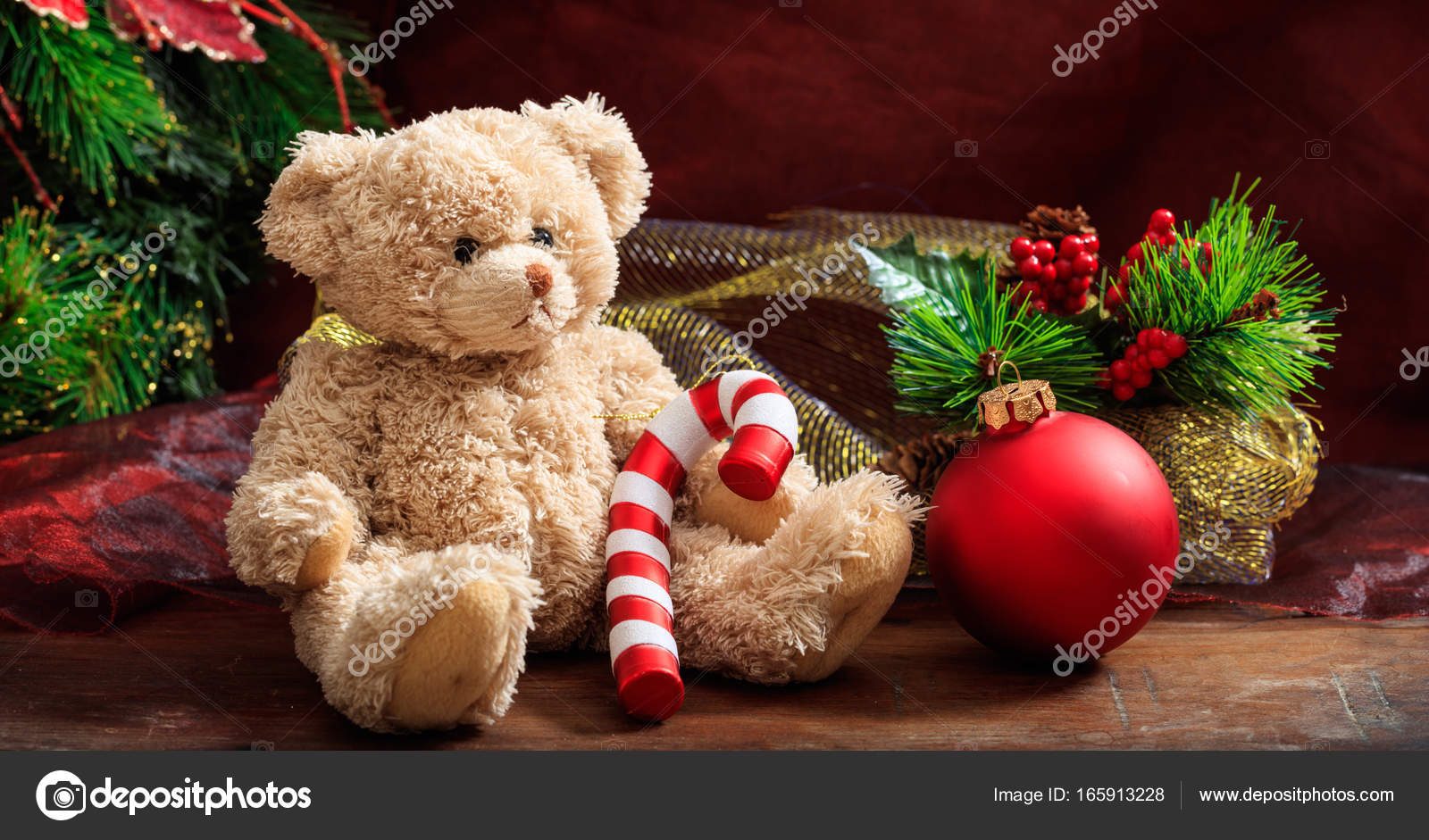 Christmas decoration, festive teddy bear and christmas ornaments — Photo by ...