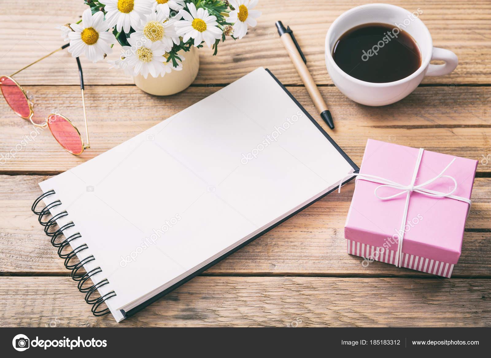 Scrivania Ufficio Regalo : Scrivania da ufficio nera regali per scrivania ufficio