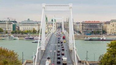 Elizabeth bridge. Budapest time lapse.