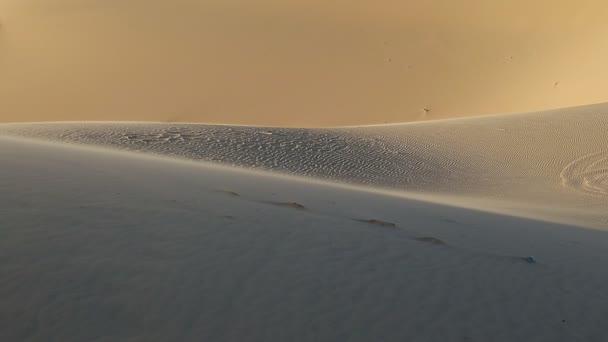 Fehér homok a Szahara sivatag közelről