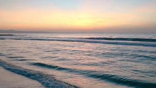 Moře slunce boční pohled