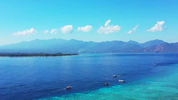 Koh Samui ostrov malebný pohled krajina s krásnou oblohou a jasnou tyrkysovou vodou