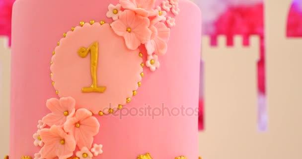 První narozeninový dort oslava s číslo jedna a makronky