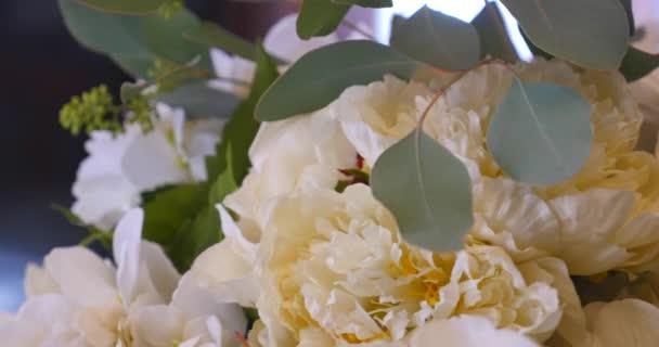 Kronleuchter Mit Blumen ~ Dekoration hochzeit kronleuchter in den bogen der blumen