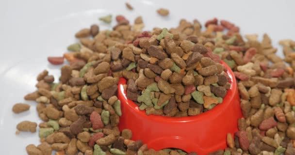 Tiernahrung Hintergrund. Tierfutter. rotierend