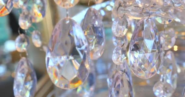 Kristalle Für Kronleuchter ~ Luxus kristalle von einem klassischen kronleuchter. schöne kristalle