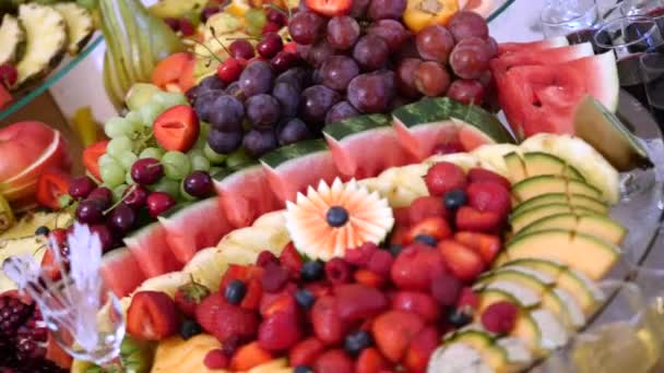 Decorazioni Buffet Frutta : Tabella di buffet di frutta fresca diversi il matrimonio. frutti e