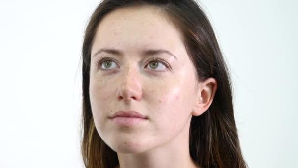 Vizážista líčením na modely obočí s Kosmetologické zařízení