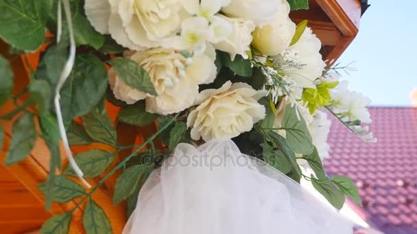 Vintage růže kytice zařídí svatební dekorace