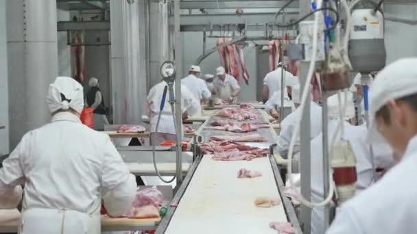 řeznické prkénko vepřové maso v masném průmyslu