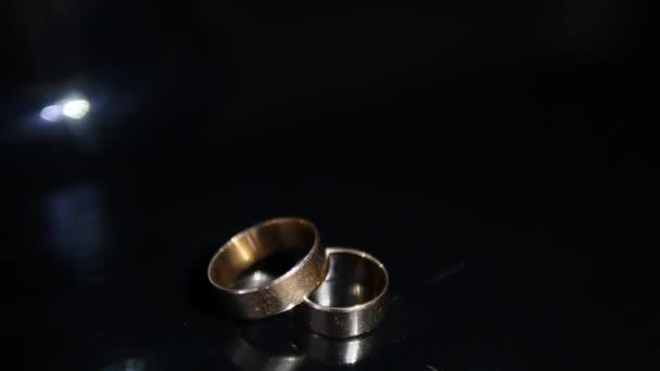 Snubni Prsteny Cerne Pozadi Zarici Svetlo Sperky Blizko Se Makro
