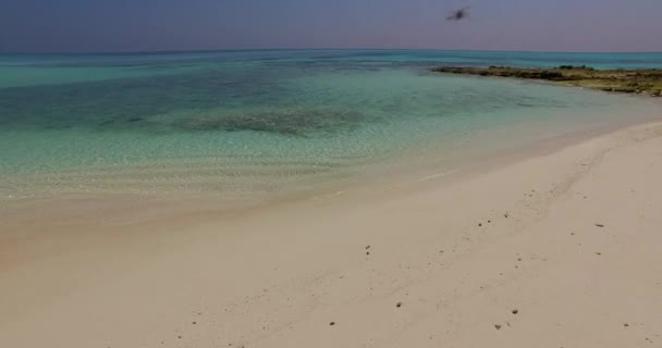 v01154 Maldives beautiful beach background white sandy tropical paradise island with blue sky sea water ocean 4k