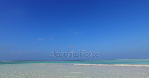 v01402 Maledivy krásné pláže pozadí bílé písečné tropický ráj ostrov s modrou oblohu moře vody oceánu 4k