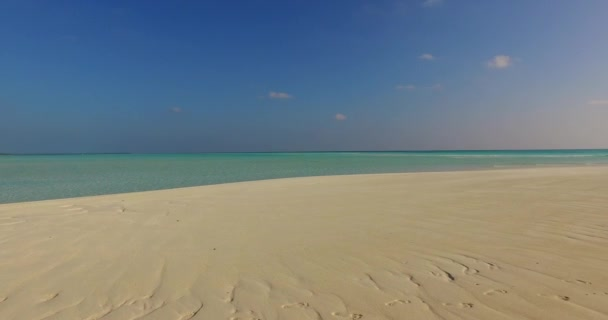v01930 Maldives beautiful beach background white sandy tropical paradise island with blue sky sea water ocean 4k
