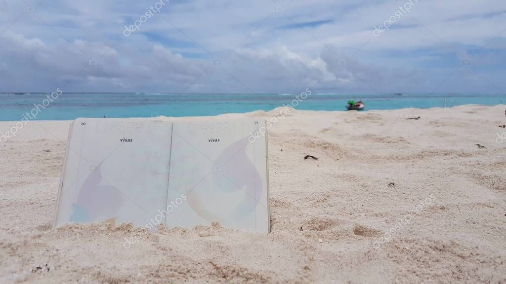 v00795 Maldives beautiful beach background white sandy tropical paradise island with blue sky sea water ocean 4k