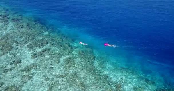 Junger Schläger, der offenen Ozean Büffeldatierungs-Service