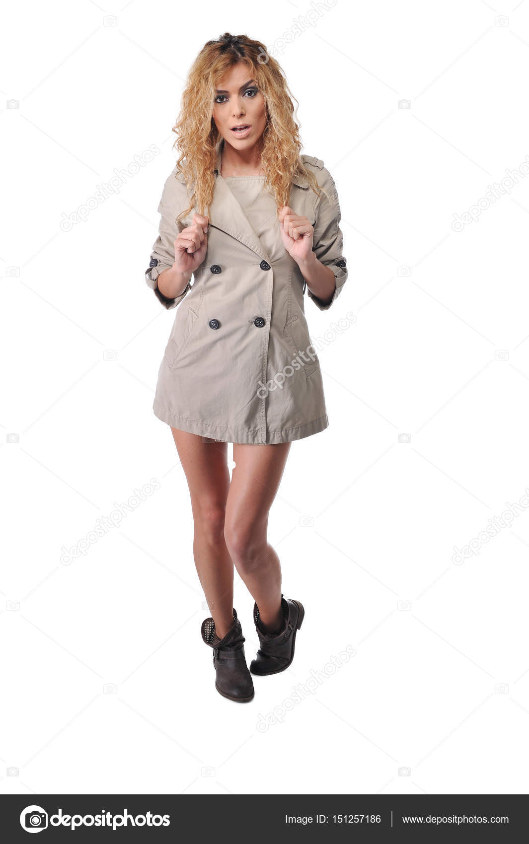Imagen de una mujer bien vestida
