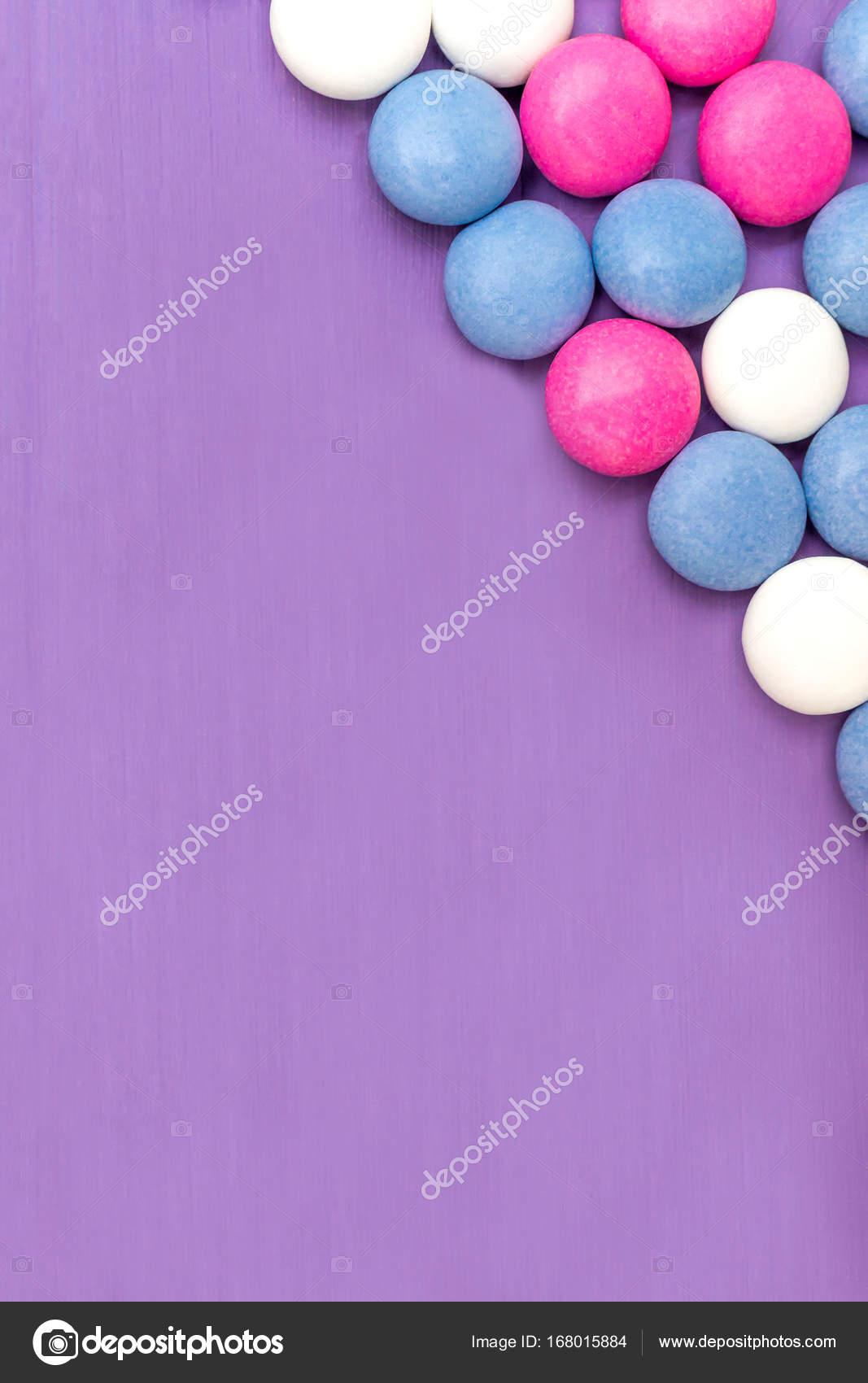 Oberen rechten Ecke Rahmen farbig beschichteten Praline — Stockfoto ...