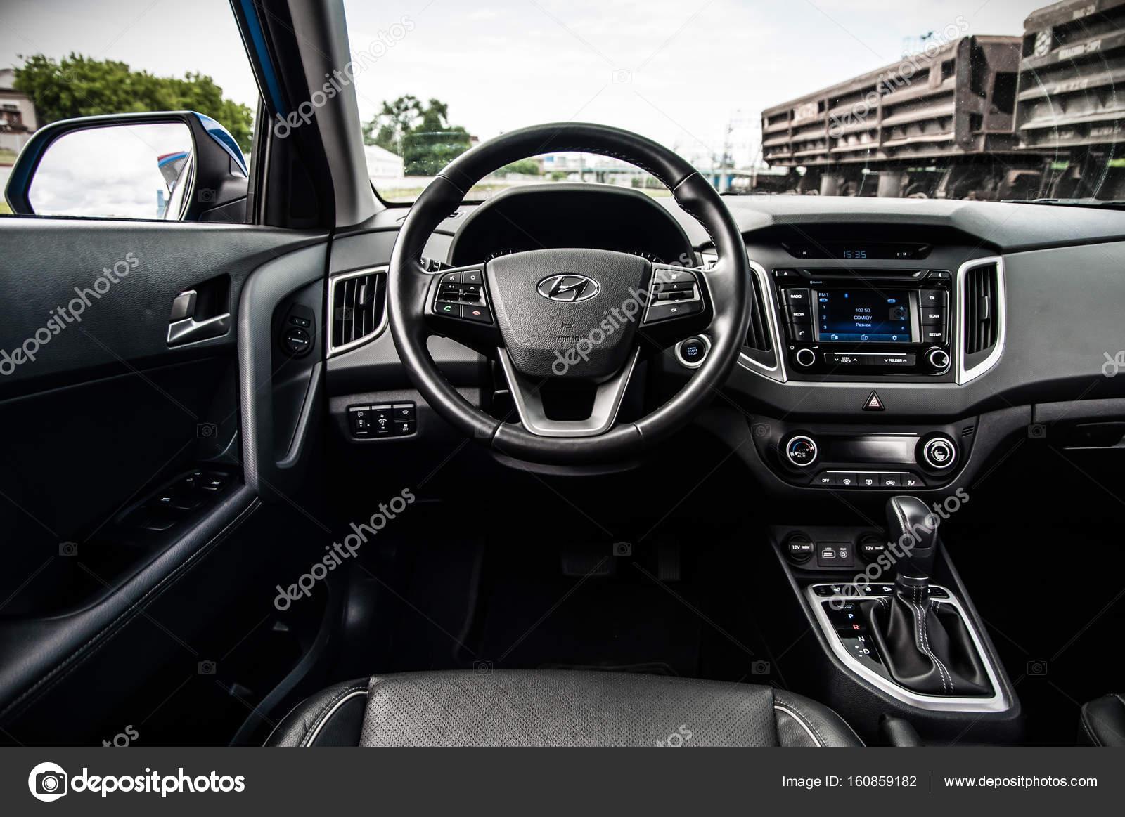 Moscovo R Ssia 25 De Junho De 2017 Hyundai Creta Hyundai Ix25 Vista Interior Teste Do