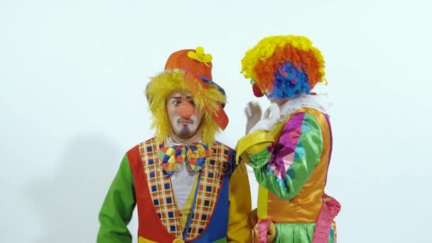 Cirkuszi bohóc kipróbálás-hoz fésű, a másik a haj, és végül a bevétel nagy olló
