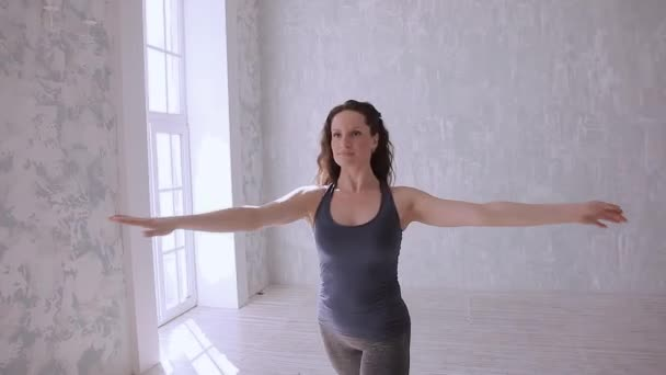 Dancing girl learn the new dance