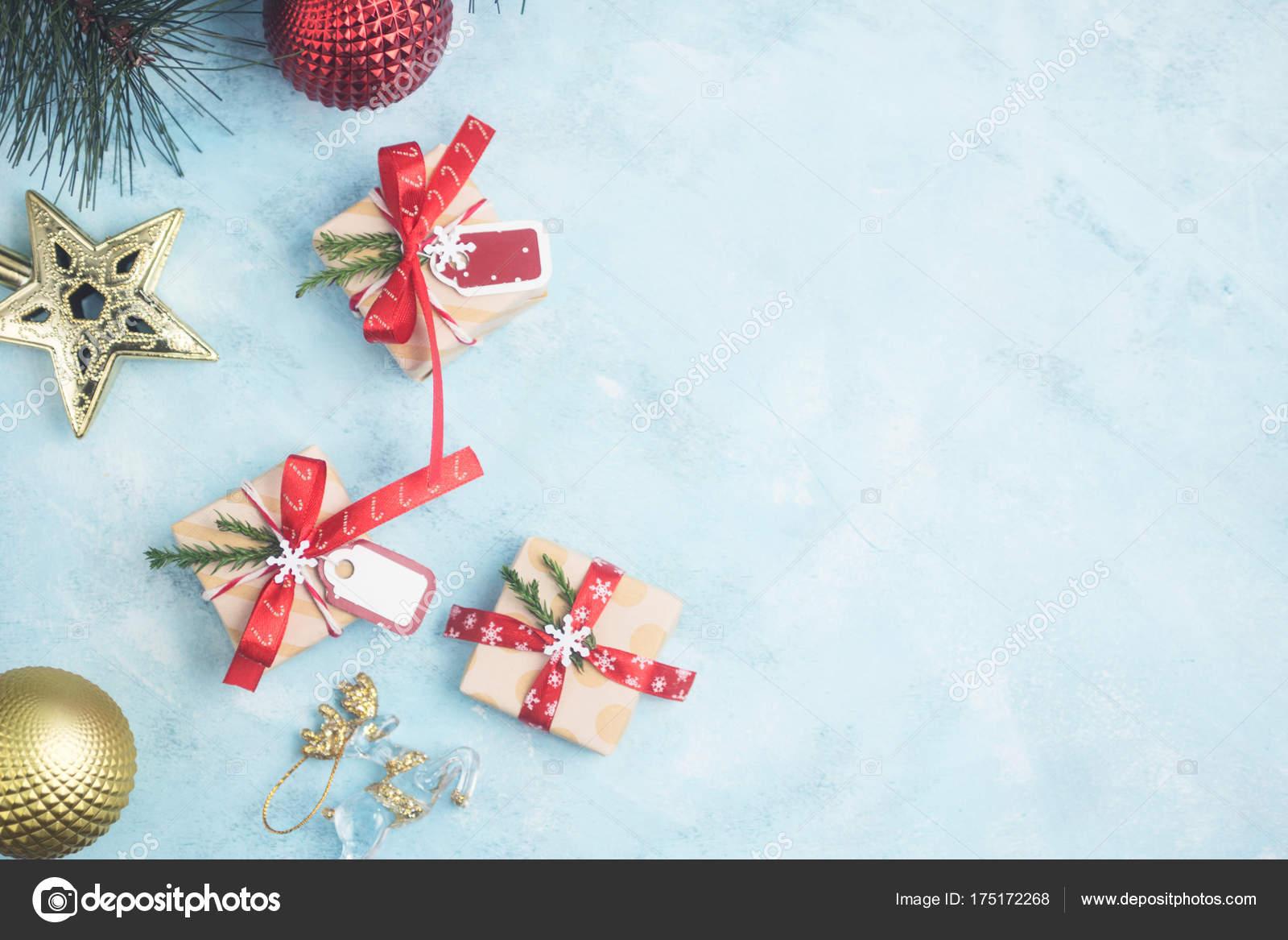 Wohnung Legen Draufsicht Weihnachtsgeschenke Mit Spielzeug Auf ...