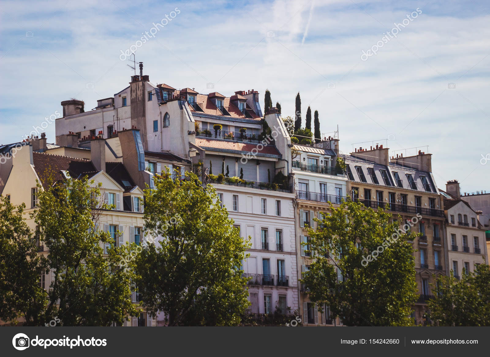Traditional French Architecture House In Paris Parisian Building Typical Generic Houses France Photo Stock By Fayethequeen93