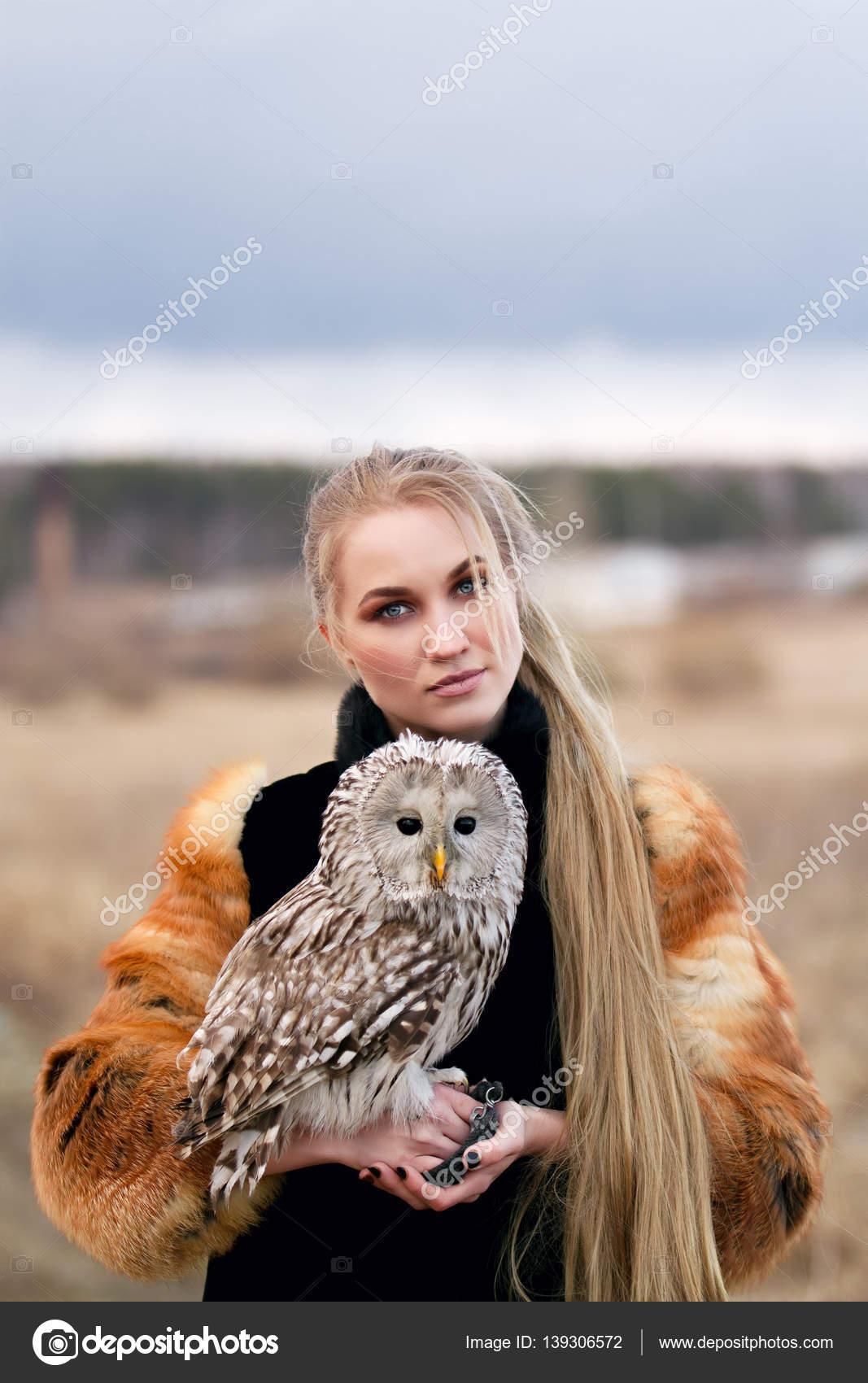 Романтические девушки на природе видео фото 696-400
