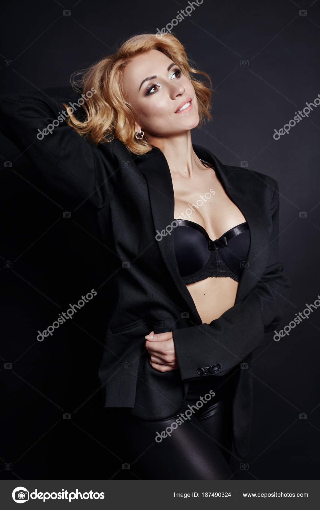 sexy nudo nero ragazze fotolattice Angelo pompino