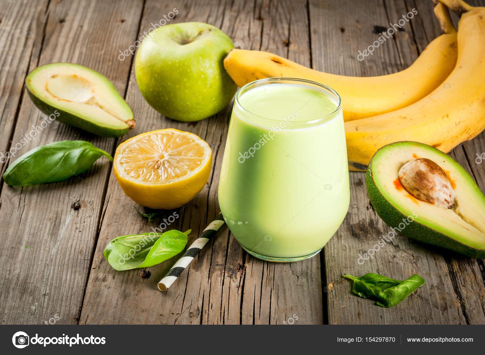 Spuntini Sani E Diabete : Cibo sano dietetica colazione o uno spuntino frullati verdi da y