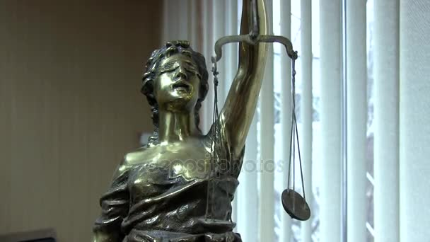 socha spravedlnosti lady