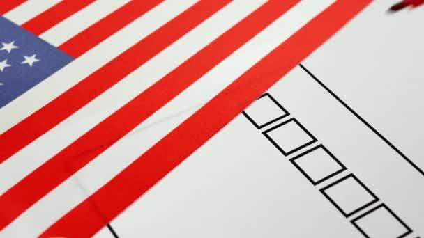 Hlasování papíru hlasování ve Spojených státech amerických