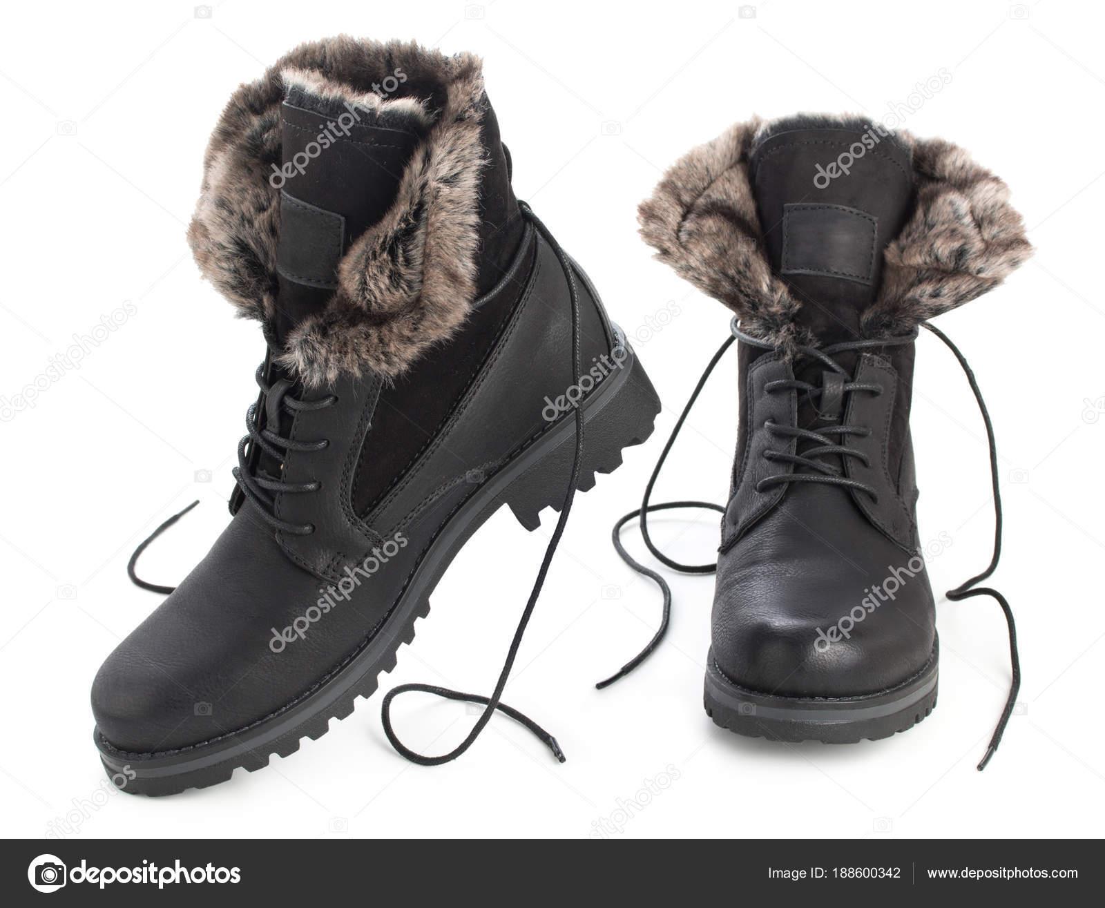 Paar schwarze Winter fashion Damen Stiefel mit Fell isoliert auf weißem  Hintergrund — Foto von 3249855.gmail.com a67d0517e8