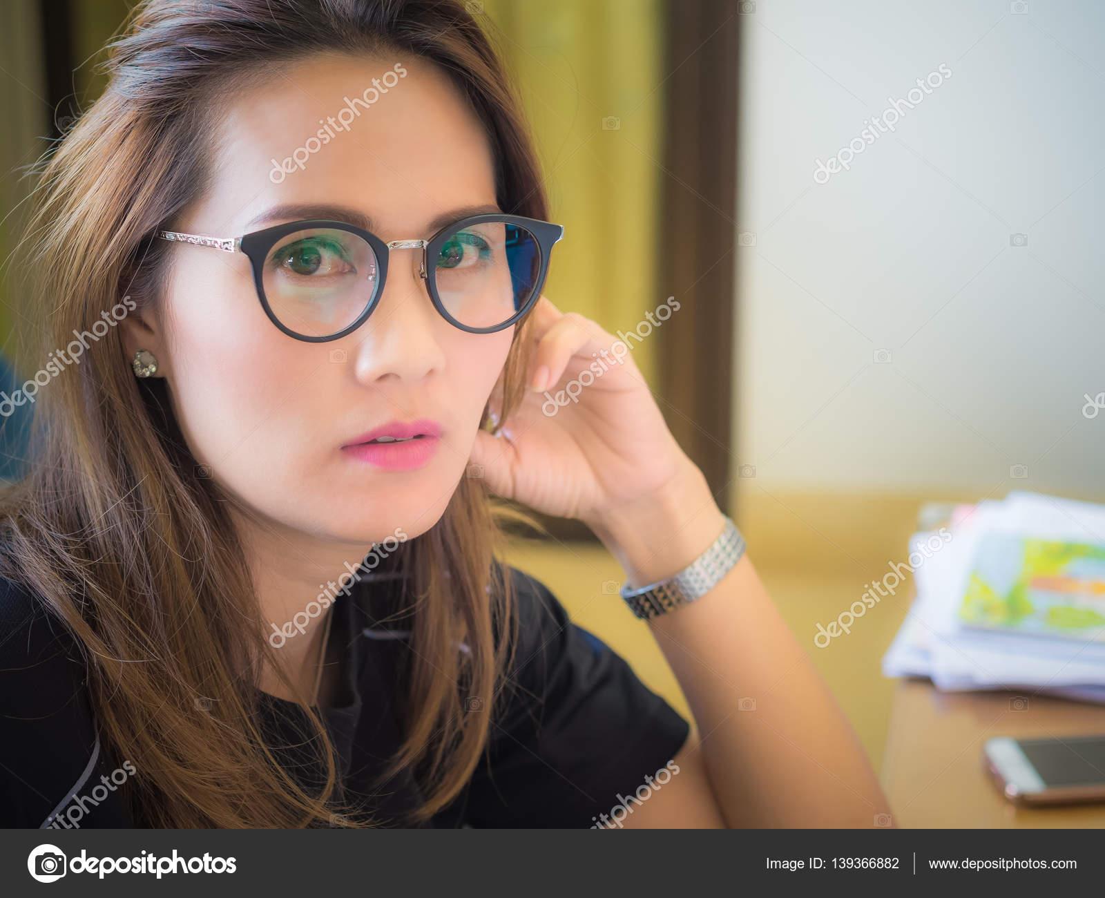 знакомств очки сайт носите