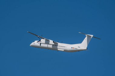 Bombardier Dash 8 Q400 from Eurowings take off