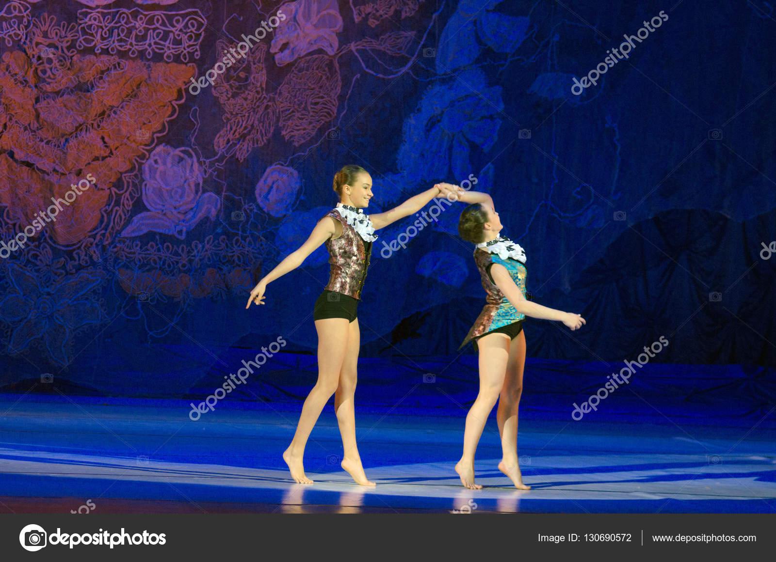 Стриптиз балет украни