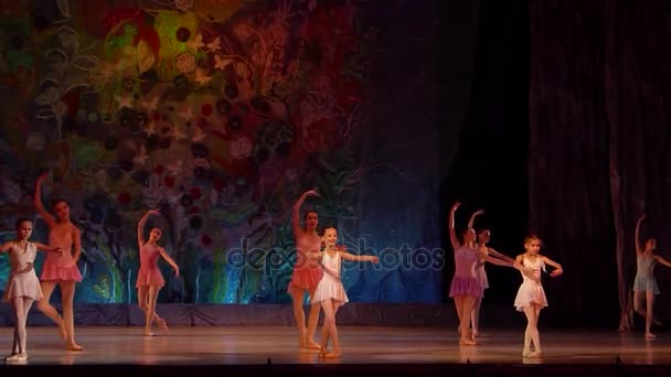 Show Ballet pearls