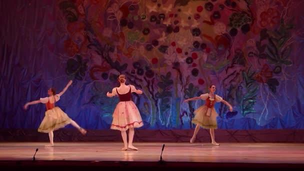 Tento věčný příběh balet.