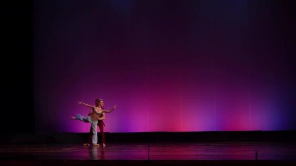 Dnipro, Ukraine - 23. März 2018: Korsaren-Ballett, aufgeführt von Mitgliedern des Nationalballetts an der Staatsoper und dem Balletttheater Dnipro.