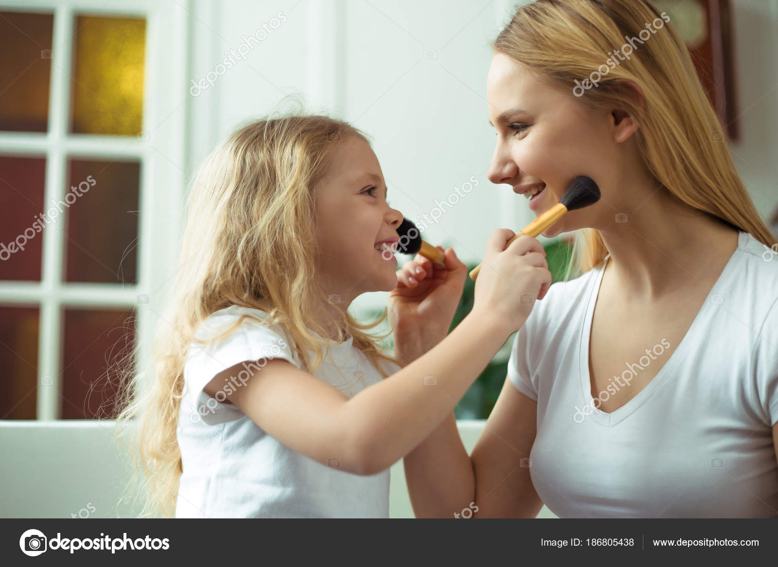 Brunette Mom Teaches Daughter