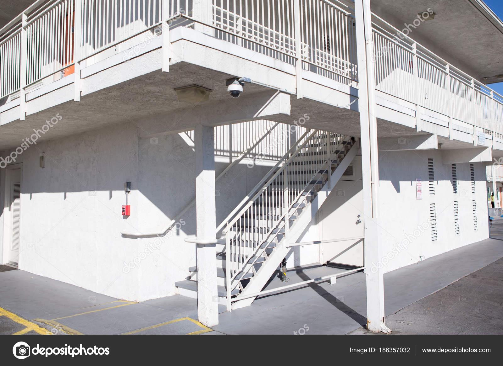 Aussentreppe Beton Stockfoto C Bill45 186357032