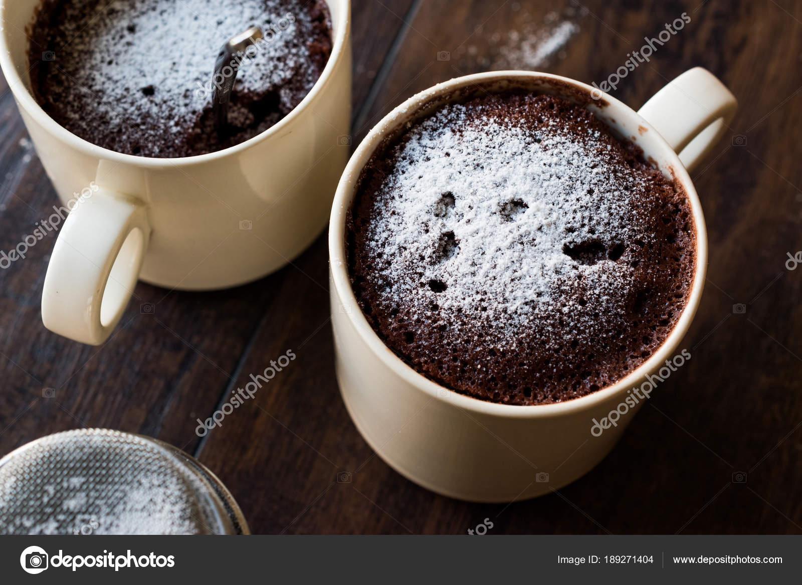 Four A Micro Ondes Brownie Tasse Chocolat Gateau Avec Du Sucre En